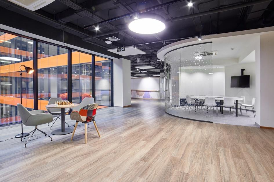 Номинация «Гибкий офис» За комфорт иэффективность: Сбербанк / 14-й этаж / Aurora Group