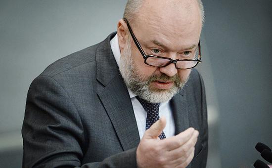 Председатель комитета по законодательству ПавелКрашенинников