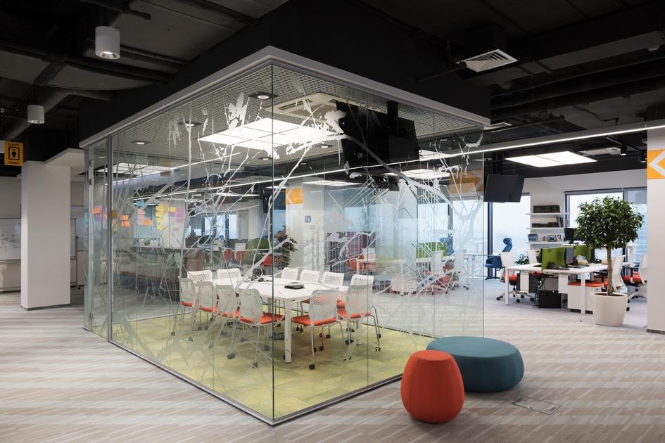 Номинация «Гибкий офис» За нестандартные решения: Сбербанк / 13-й этаж / архитектурное бюро «Адетэйл»