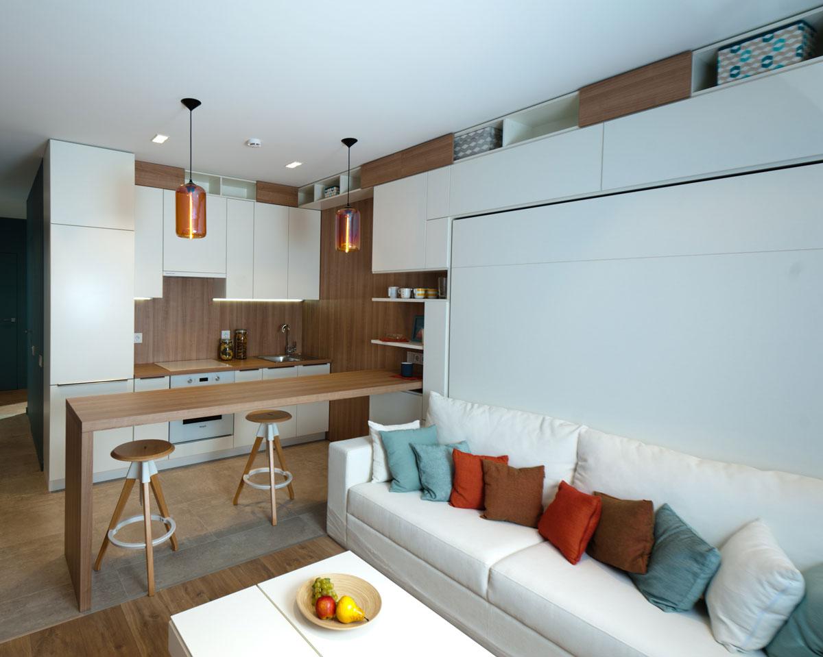 В квартале Sreda можно реализовать индивидуальный проект по отделке квартиры с широкой палитрой цветов и отделочных материалов, подобранных с возможностью комбинировать их между собой в соответствии со стилем помещения. Можно выбрать отдельные материалы— плитку, ламинат, межкомнатные двери, а также определиться с вариантом оформления стен