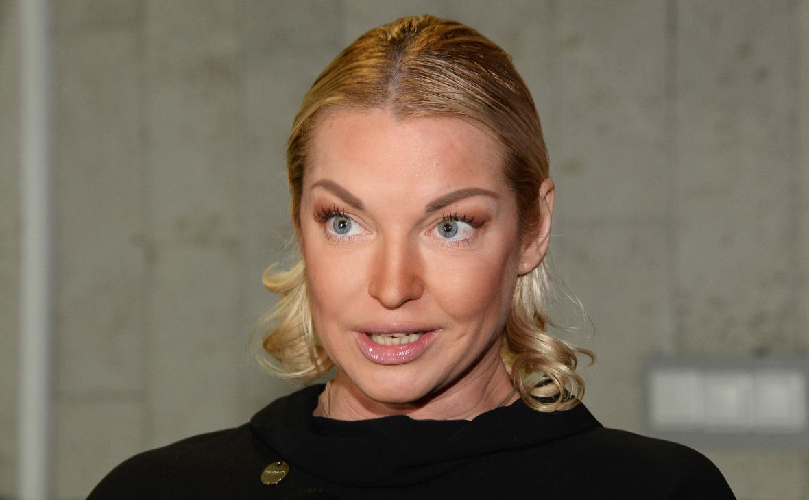 Волочкова обжаловала штраф за посещение монастыря во время карантина ::  Общество :: РБК