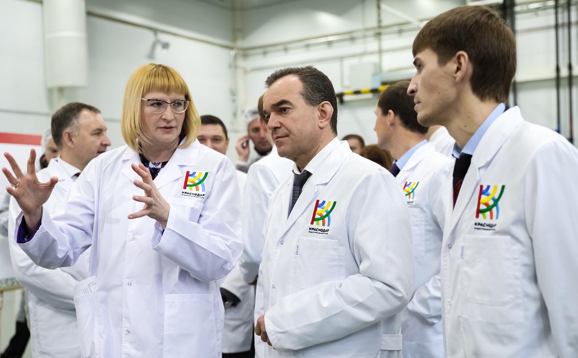 Гендиректор ПАО «Магнит» Ольга Наумова и губенатор Кубани Вениамин Кондратьев