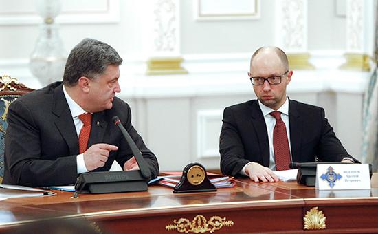 Президент Украины Петр Порошенко (слева) и премьер-министр Украины Арсений Яценюк