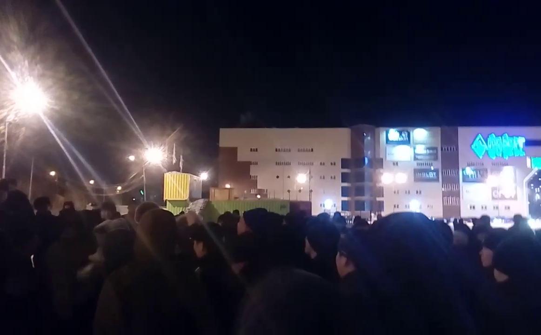 Стихийный митинг в Якутске