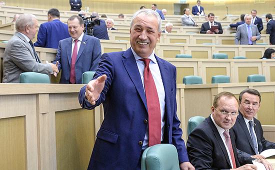 Экс-сенатор от Республики Алтай РалифСафин