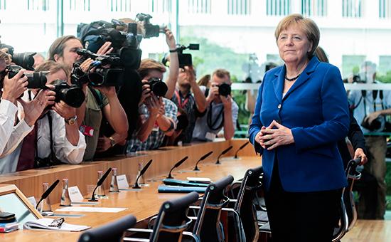 Глава немецкого правительства Ангела Меркель вовремя пресс-конференции вБерлине, 28 июля 2016 года