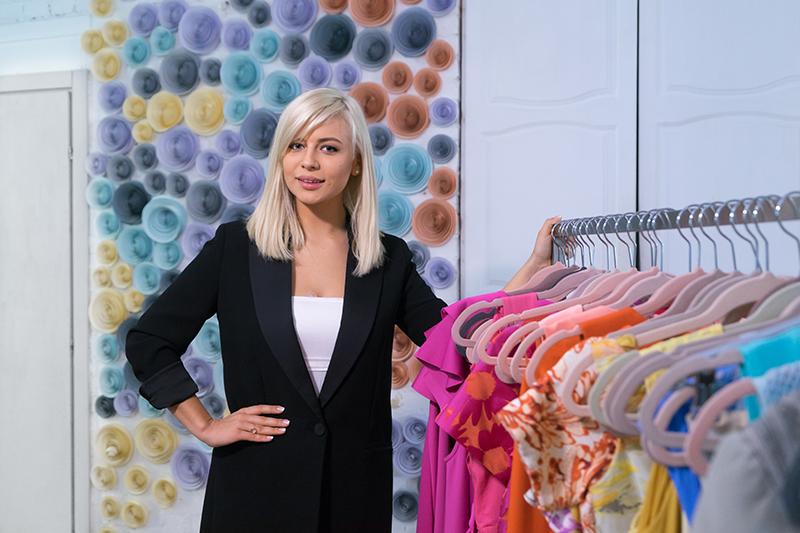 Основательница проката платьев Dress Up Bar Лина Дембикова