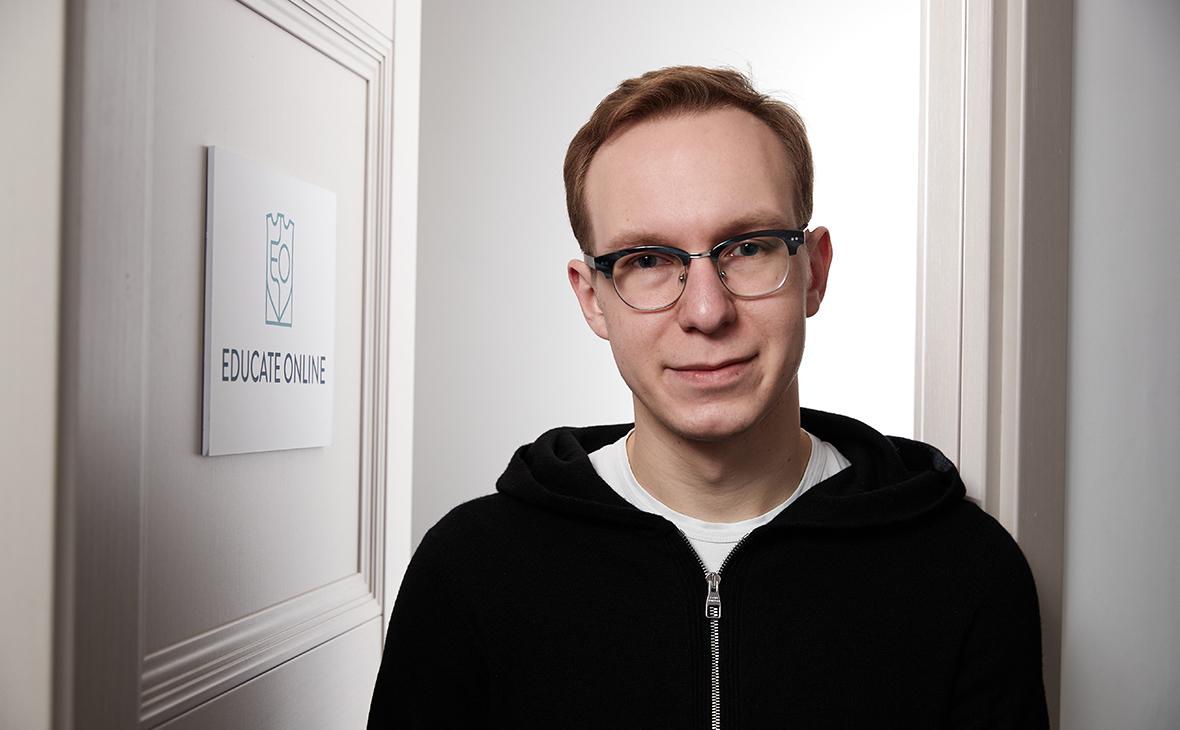 Александр Желтов