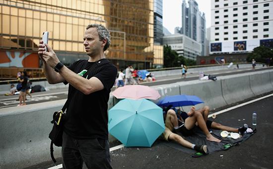 В сентябре 2014 года приложение FireChatстало номером один по количеству скачиваний для смартфонов на iOS и Android в Гонконге, где проходили акции протеста. На фотогенеральный директор и соучредитель Open GardenМиша Бенолиль