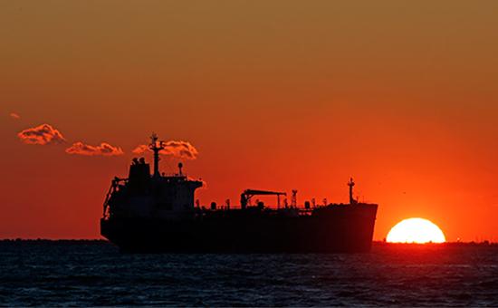 США впервые за 40 лет отправили нефть на экспорт