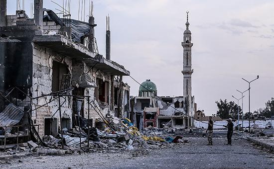На одной изулиц Пальмиры послеокончания операции поосвобождению города отбоевиков запрещенной вРФ террористической организации «Исламское государство». 27 марта 2016 года
