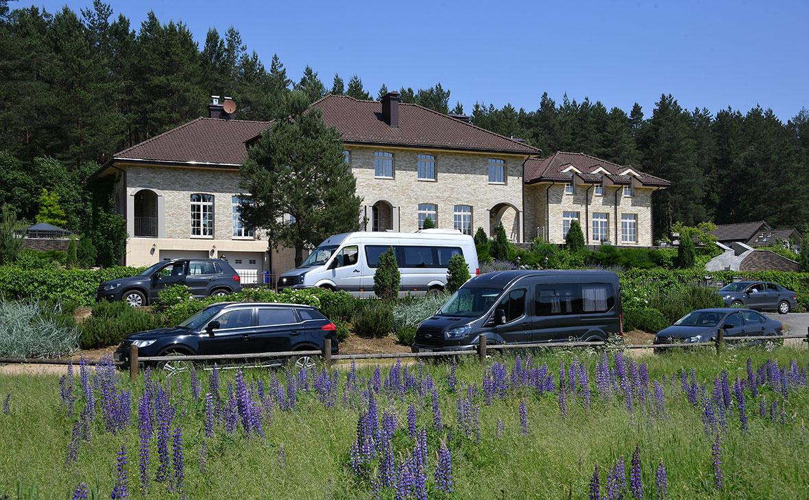 Дом кандидата в президенты Белоруссии Виктора Бабарико в деревне Мочаны