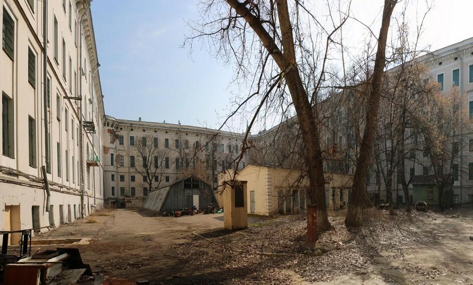 Среди 11 зданий пять являются объектами культурного наследия. Еще четыре представляют собой ценные градоформирующие объекты, указали вМоскомархитектуре