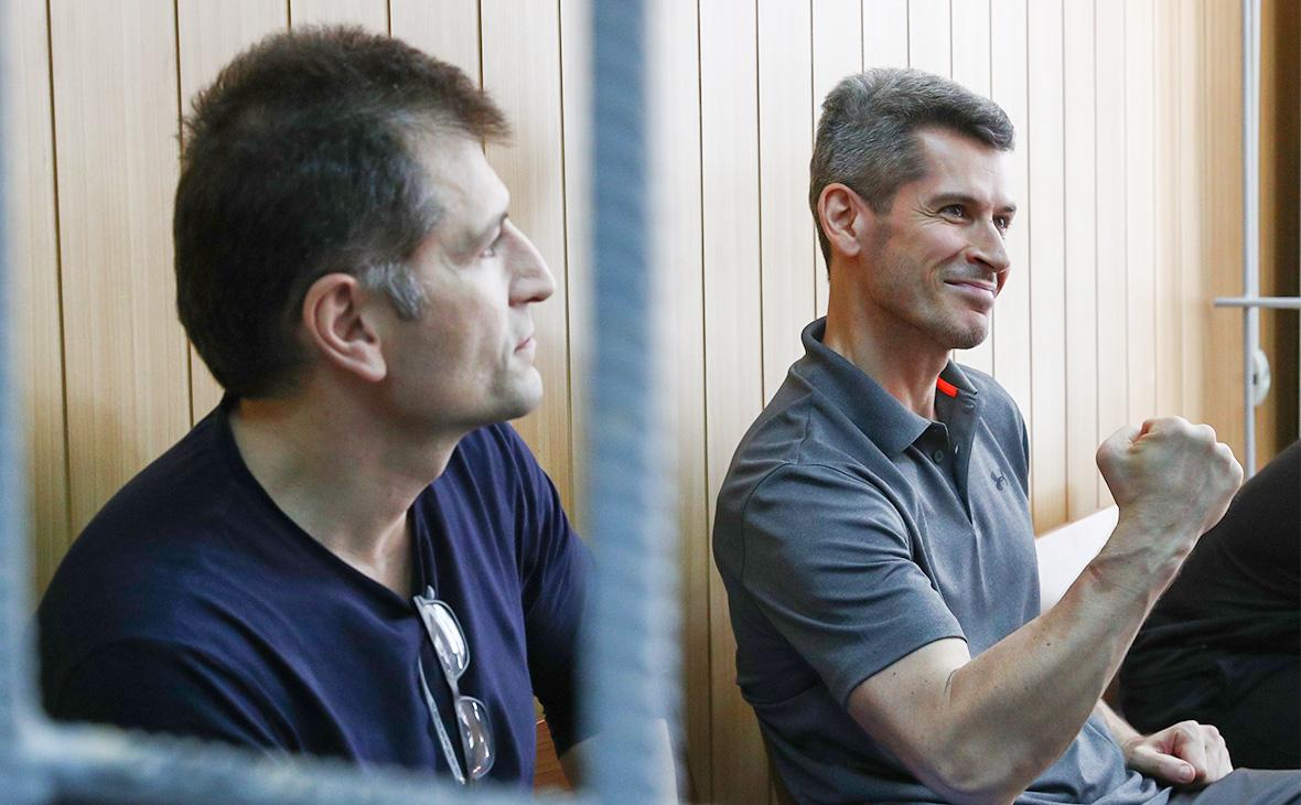 Магомед и Зиявудин Магомедовы (слева направо)