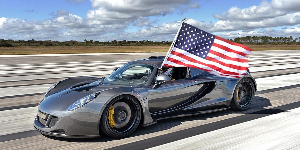 Hennessey Venom GT  Hennessey Venom GT представлял собой доработанный Lotus Exige снаддувным мотором V8 отChevrolet Corvette мощностью 1014, апозже 1471 лошадиную силу. В 2013г. он установил рекорд разгона сместа до300 км/ч (13,63 с) иразвил максимальную скорость427,6 км вчас. Год спустяон оказался быстрее Bugatti Veyron Super Sport –435,31км. Чтобы развить еще большую скорость, «Веному» нехватило взлетной полосы дляшаттлов.