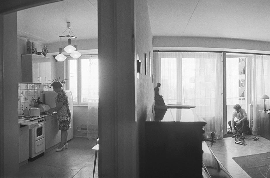 Район массовой застройки Химки—Ховрино. Москвичи обживают новые квартиры. 1977 год