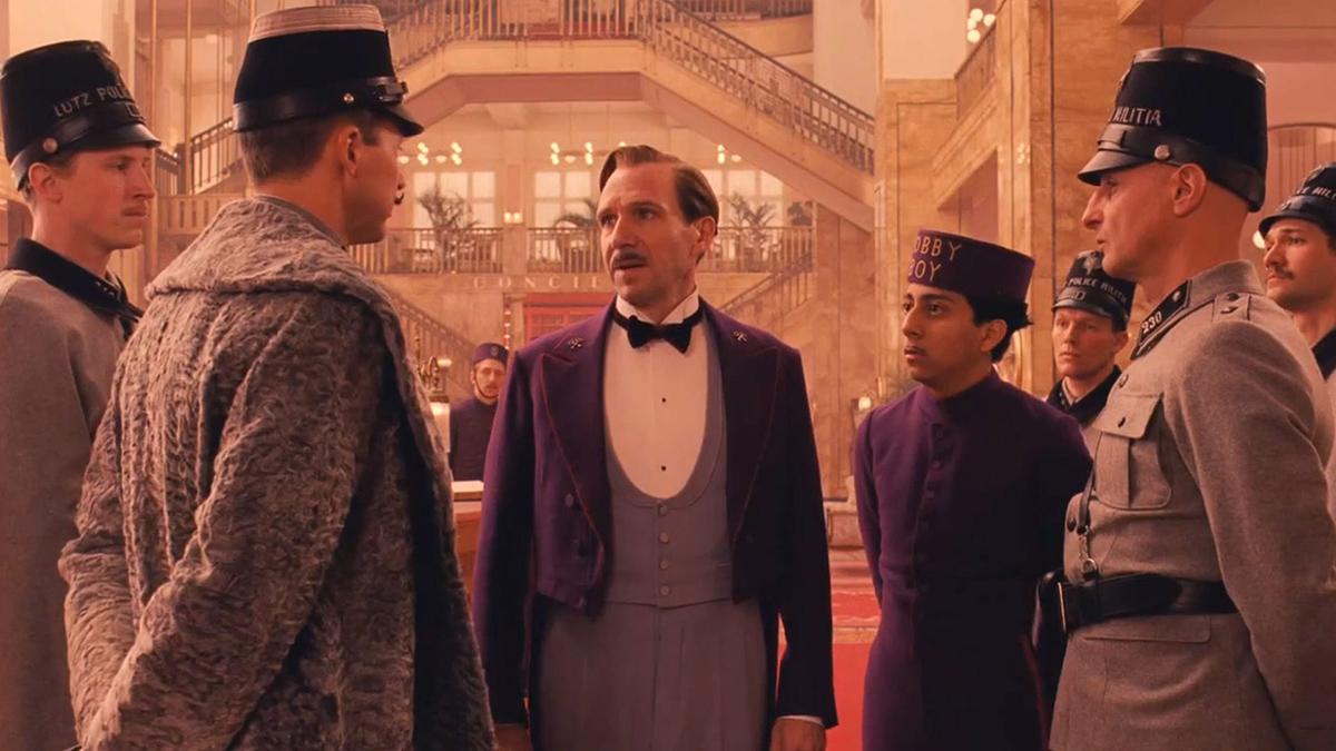 Фото:кадры из фильма «Отель «Гранд Будапешт» (реж. Андерсон)