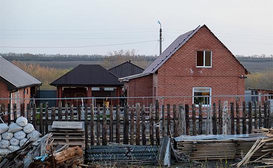 На месте убийства Андрея Гошта и его семьи в селе Ивашевка,24 апреля 2016 года