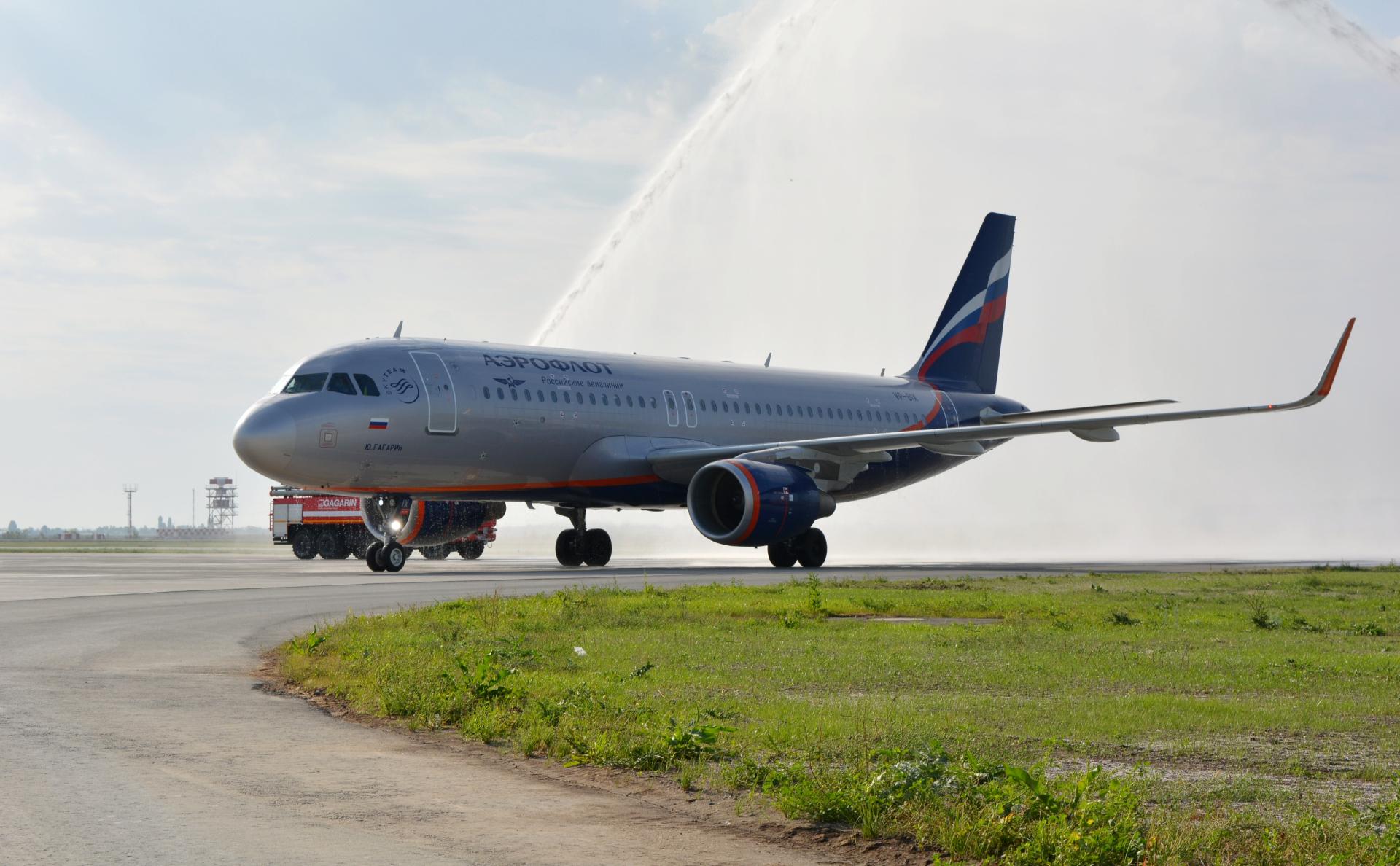Летевший в Симферополь лайнер вернулся в Шереметьево