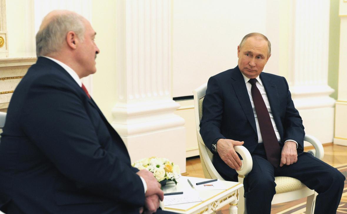 Кремль заявил, что Путин и Лукашенко не обсуждали базу в Белоруссии
