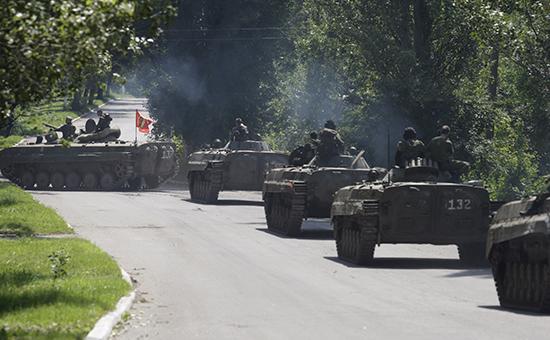 Боевая техника в Донецкой области, июль 2015 года