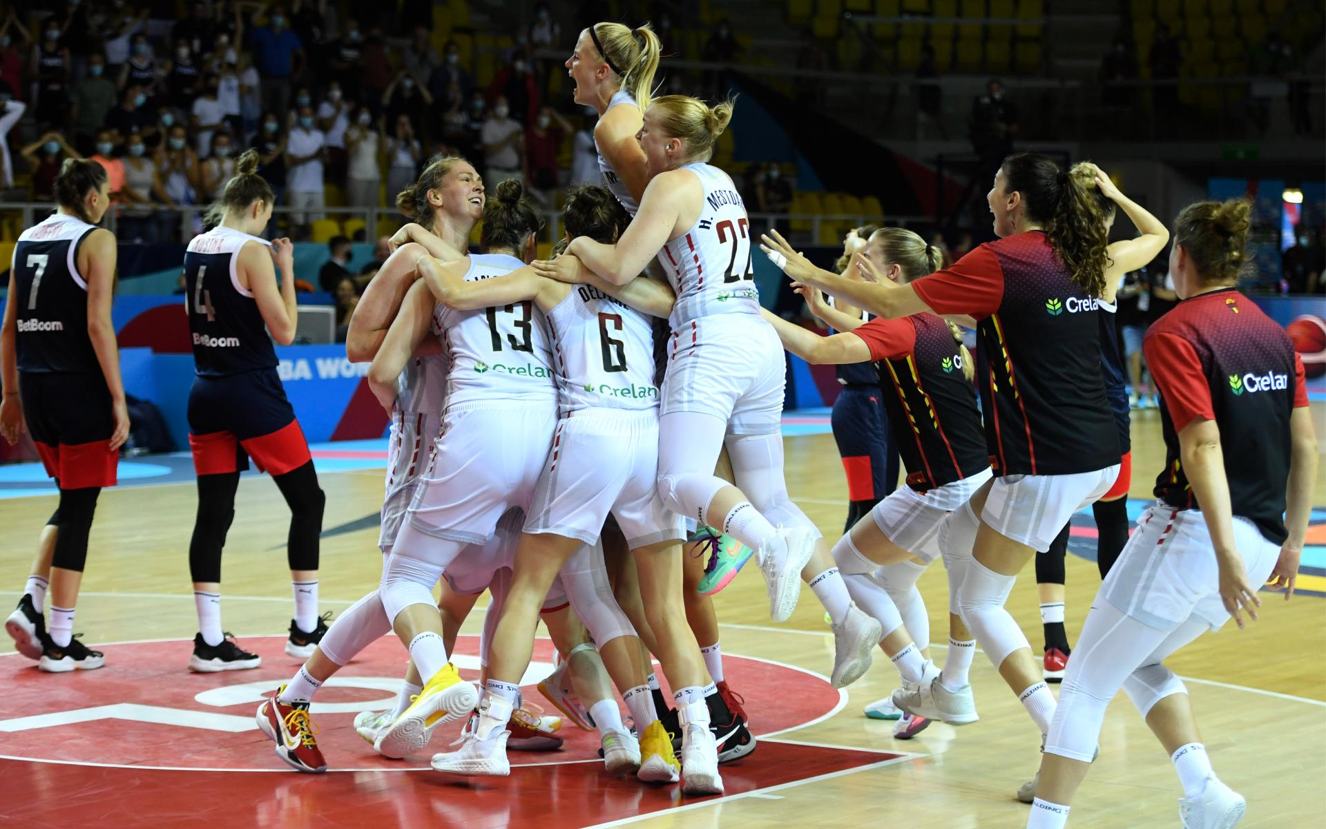 Фото: Баскетболистки сборной Бельгии (Global Look Press)