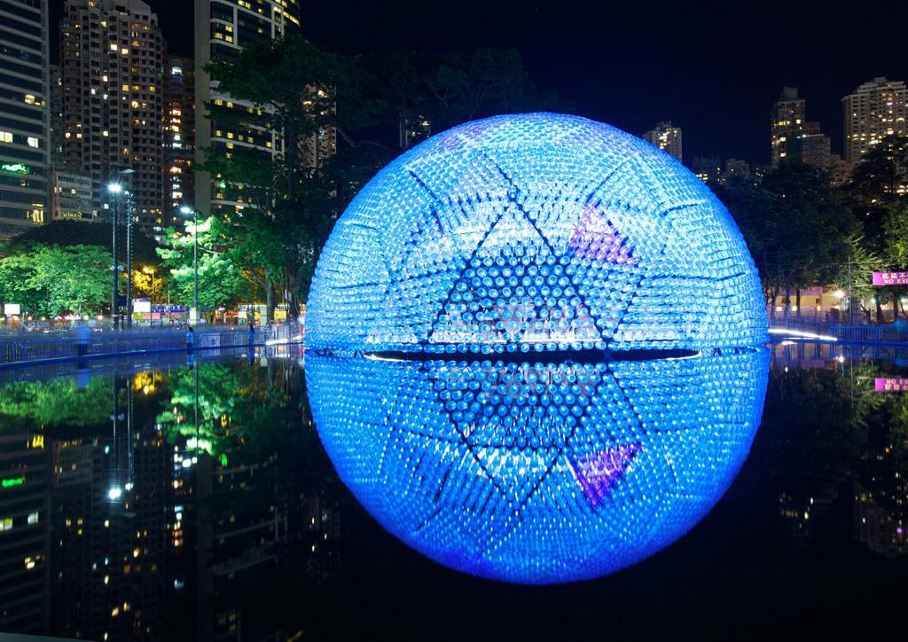 Проект «Павильон встающей луны», победивший в номинации «Архитектура, строительство и дизайн зданий», разработало китайское дизайнерское бюро Daydreamers