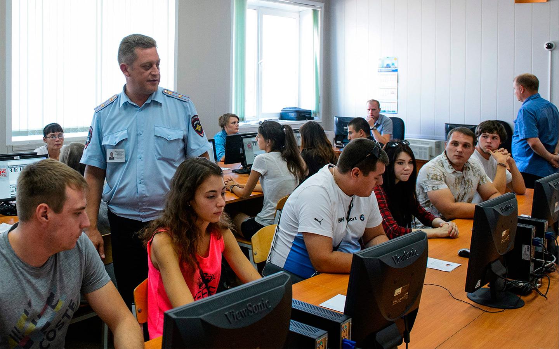 Министерство образования в ответ на инициативу посчитало достаточной существующую систему обучения ПДД в школах