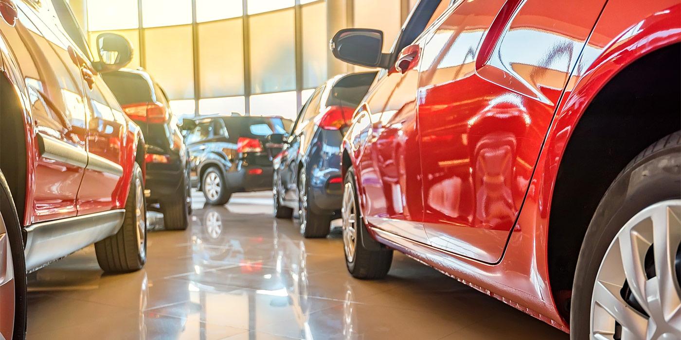 Автосалоны москвы требуется менеджер коммерческие автомобили с пробегом в автосалонах москвы