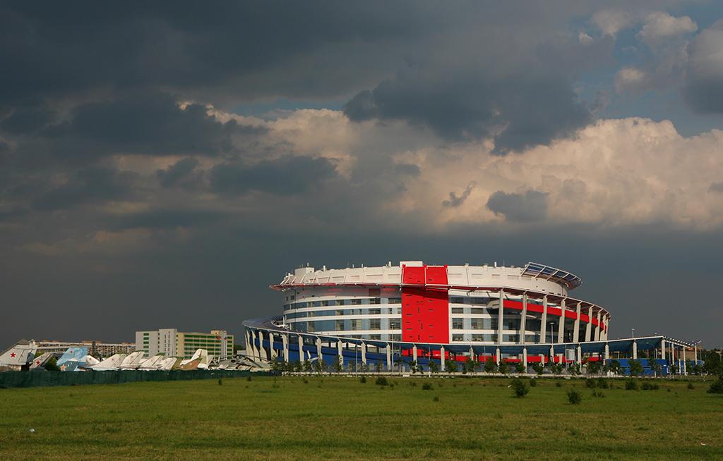 Из портфолио Андрея Бокова: Ледовый дворец «Мегаспорт» наХодынском поле