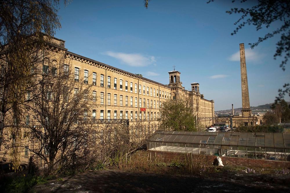 Бывшая фабрика Salts Mill в Брэдфорде