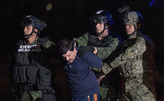 Бежавший из тюрьмы миллиардер и глава наркокартеля Эль Чапо Гусман