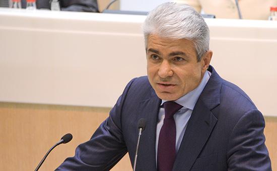 Заместительпредседателя Верховного суда ОлегСвириденко