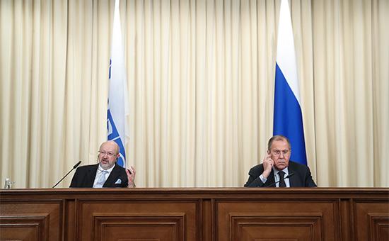 Ламберто Заньер и Сергей Лавров (слева направо) во время совместной пресс-конференции по итогам встречи