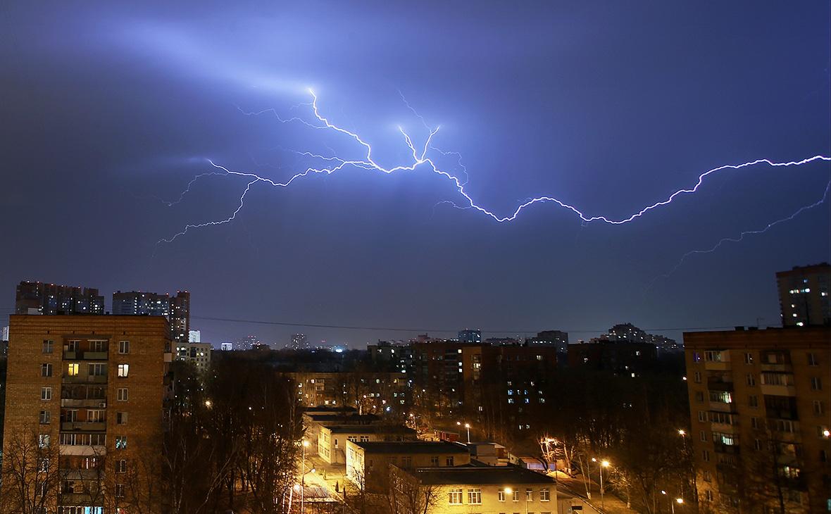 Фото сегодняшней грозы в москве