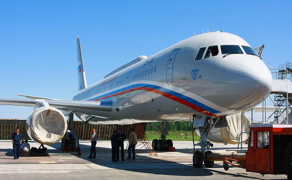 Самолет Ту-214