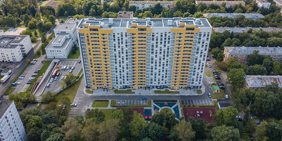Вид на новый дом на 5-й Парковойулице,62, в районе Северное Измайлово, построенный для переселения москвичей из домов, включенных в программу реновации столичной недвижимости