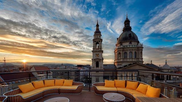 High Note Skybar в отеле Aria, Будапешт