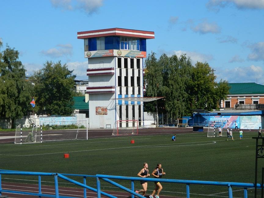 Лужи на стадионе «Динамо» в Перми оплатит бывший министр спорта