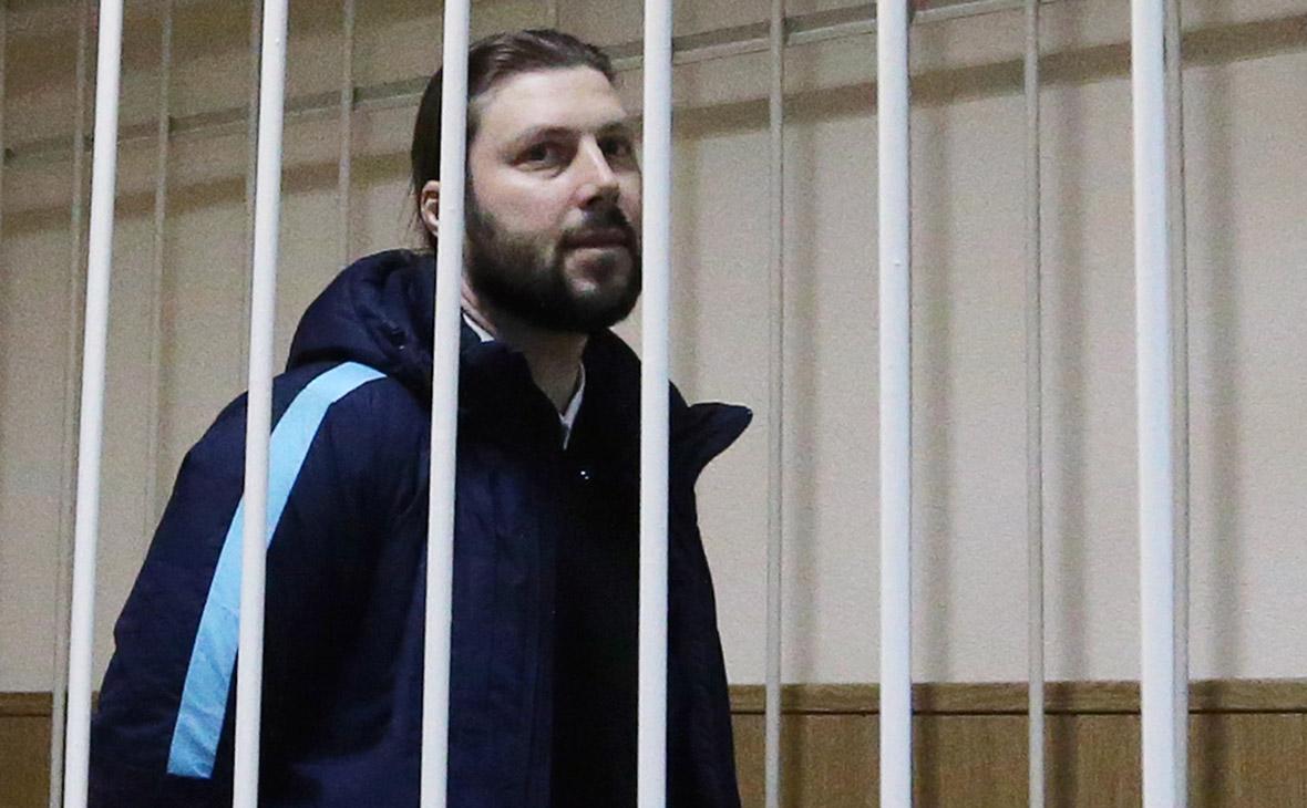 Священник Грозовский приговорен к 14 годам колонии за педофилию