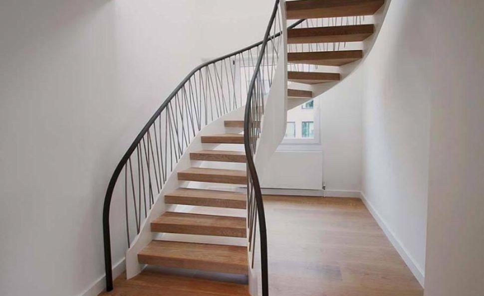 Минималистичная современная лестница