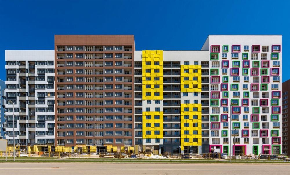 Типовые проекты можно разнообразить варьированием этажности зданий