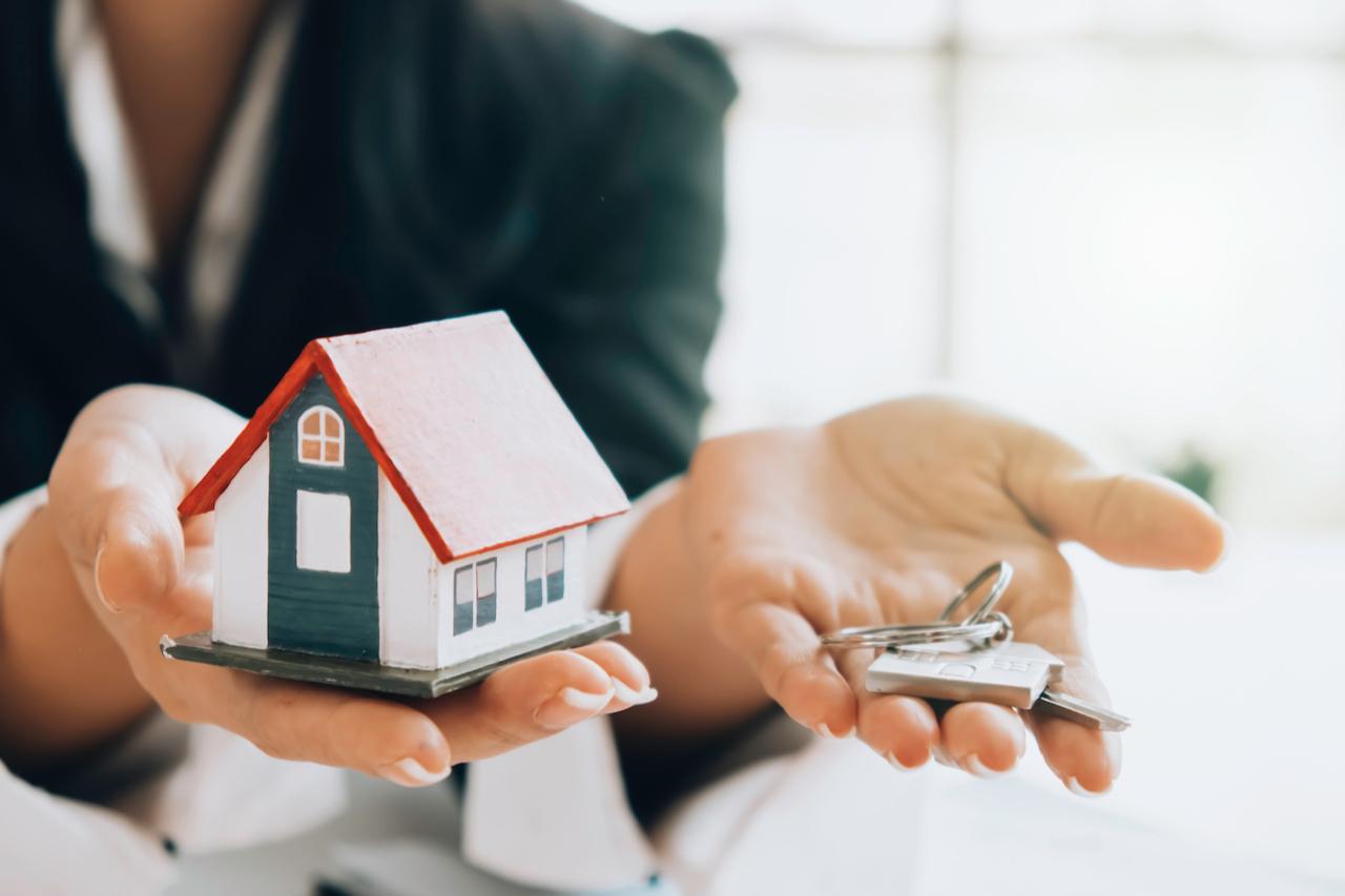 Некоторые покупатели выбирают вторичное жилье из-за опасений недостроя на первичке. Но покупка жилья на вторичке тоже сопряжена с рисками