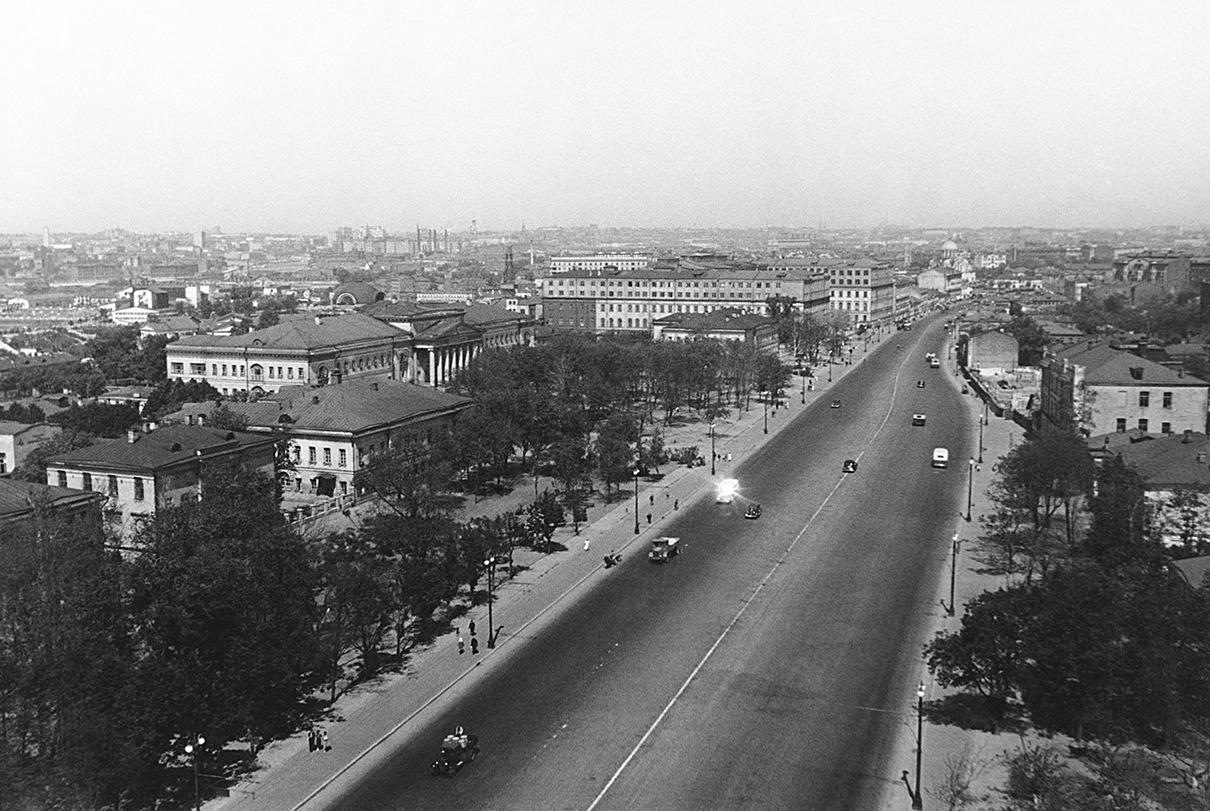 Большая Калужская улица. 1938 год