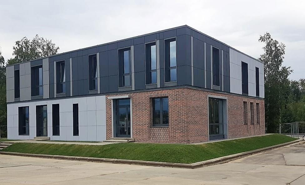 Двухэтажный дом, построенный по модульной технологии