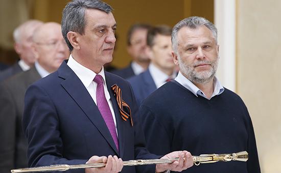 Губернатор Севастополя Сергей Меняйло ипредседатель Законодательного собрания Севастополя Алексей Чалый (слева направо)