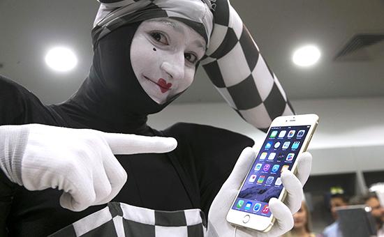 Презентация iPhone 6 в одном из магазинов Москвы