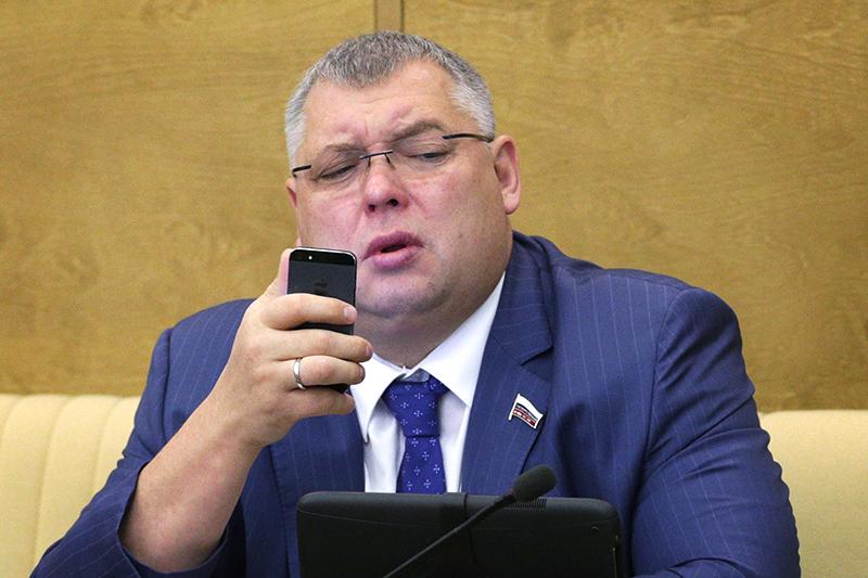 Депутат Михаил Слипенчук продал один из двух домов в Демократической республике Конго