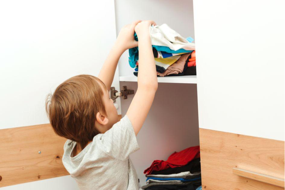 Откажитесь от больших шкафов в детской