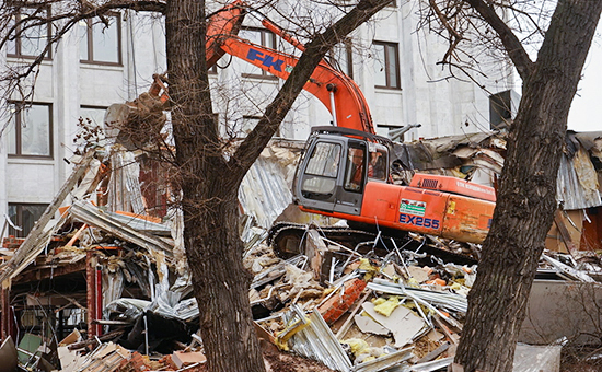 Снос торговых павильонов у станции метро «Арбатская» вМоскве